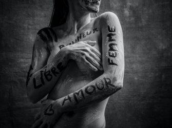 Portrait en studio, faire exprimer son corps