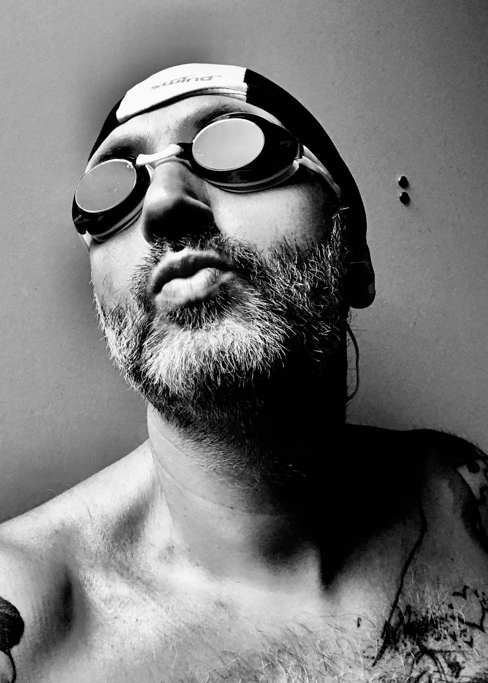 photographe-portrait-var-ulrick-theaud-profil-piscine